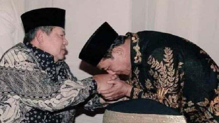 Moeldoko Ketum Demokrat Versi KLB, Beredar Foto Cium Tangan SBY, Rocky Gerung: Bikin Pusing Kepala