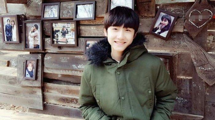 Pemeran Gu Jun Pyo kecil, Kang Han Byeol.
