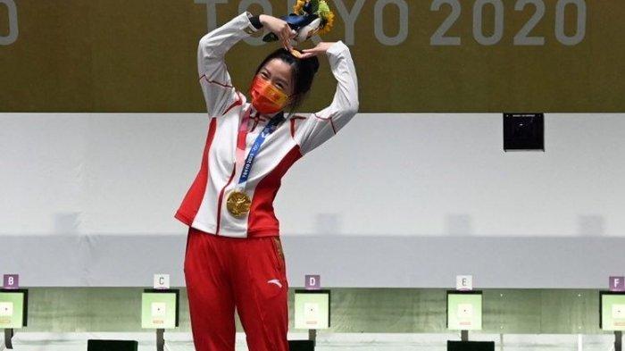 VIRAL Benda Mini Dipakai Yang Qian Atlet Pertama Peraih Emas Olimpiade Tokyo 2020, Langsung Diborong