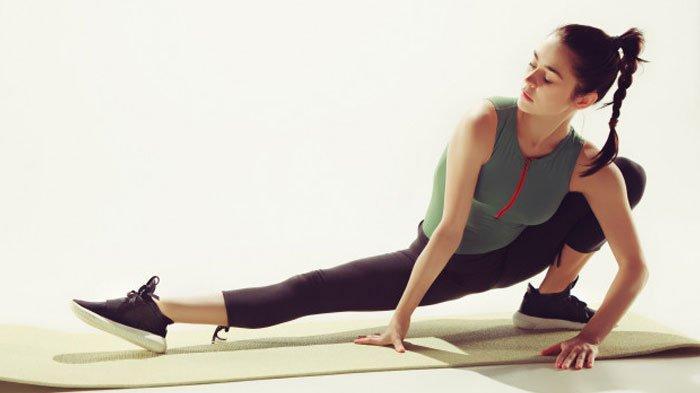 Ingin Menaikkan Berat Badan? 6 Jenis Olahraga Ini Bisa Kamu Coba di Rumah, Ada Push Up hingga Squat