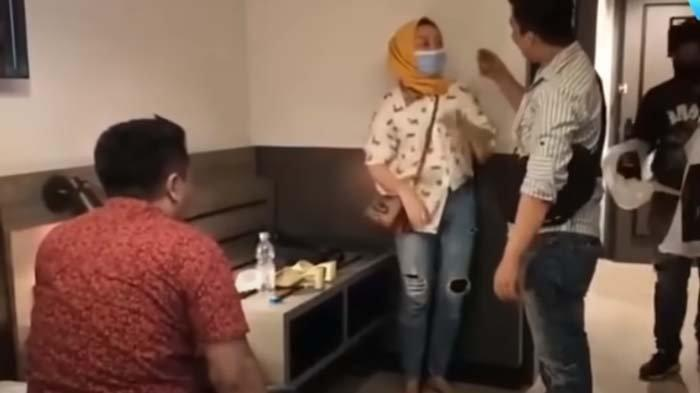 DIKIRA Tobat, Polwan Keciduk Ngamar di Hotel, Sprei Berantakan & Handuk Basah, Suami: Habis Ngapain?