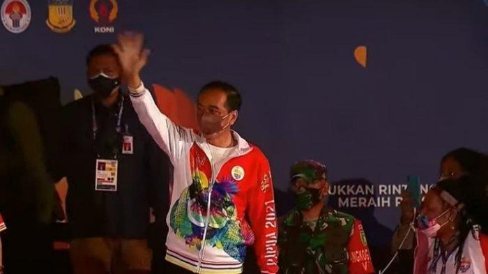 Presiden Joko Widodo (Jokowi) saat membuka PON XX di Stadion Lukas Enembe, Jayapura, Papua, Sabtu (2/10/2021).