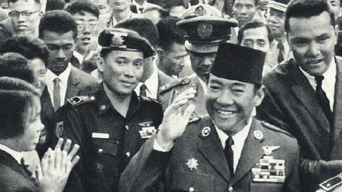 MOMEN Membunuh Presiden Soekarno Ini Nyaris Berhasil, Saat Mengelus Anak-anak, Tiba-tiba 'Duaar!'