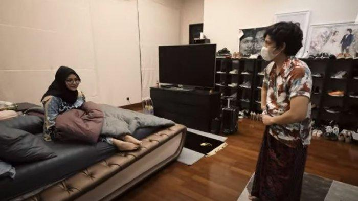 HISTERISNYA Aurel, Lihat Atta Sembuh Covid-19 Susul ke Kamar Pakai Sarung: Siap Langsung Sama Kamu