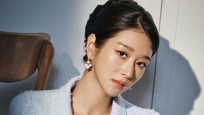Aktris Seo Ye Ji dalam pemotretan untuk drama Its Okay to Not Be Okay, Rabu (10/6/2020)