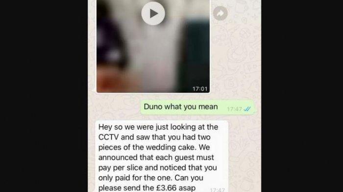 Seorang tamu undangan ditagih bayaran oleh pengantin.