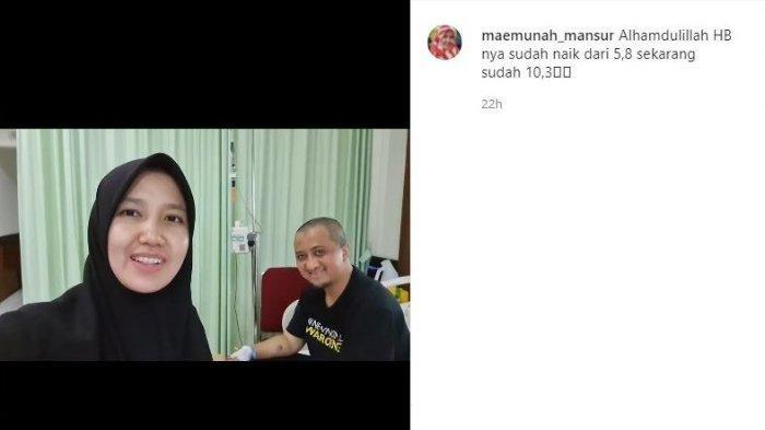 Siti Maemunah perlihatkan kondisi Ustaz Yusuf Mansur yang semakin membaik.