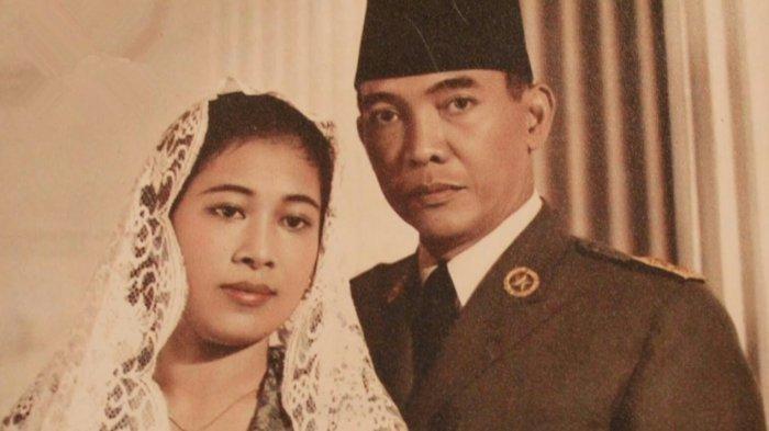 MOMEN Fatmawati Sakit Hati Dipoligami Presiden Soekarno, Hati Ibunda Megawati Pilu Tinggalkan Istana