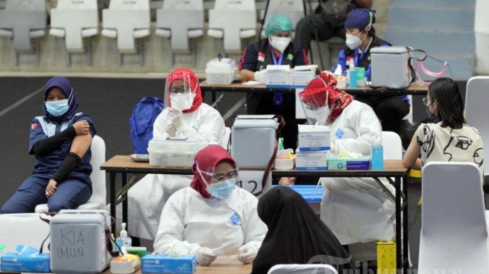 Vaksinasi Lansia & Pelayan Publik, Pemerintah Targetkan Rampung Mei, Ini Daerah yang Diprioritaskan