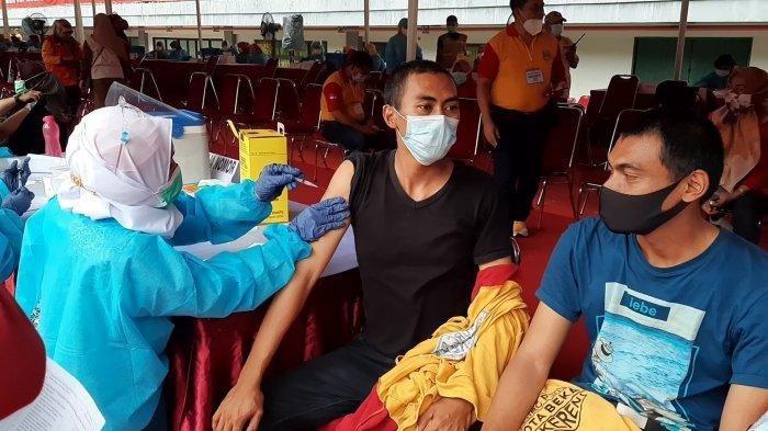 VAKSINASI Covid-19 Tanpa KTP Sesuai Domisili, Wajib Bawa Identitas Resmi Sebelum Disuntik Vaksin