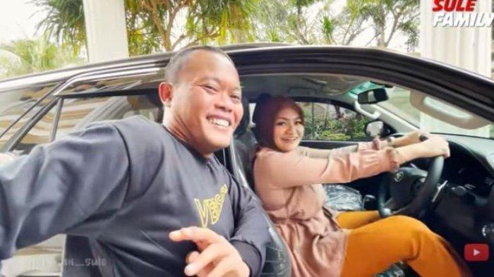 Niat Hati Surprise Mobil Mewah, Sule Kesal Nathalie Holscher Ingin Beli Sendiri: 'Harga Diri Aku'
