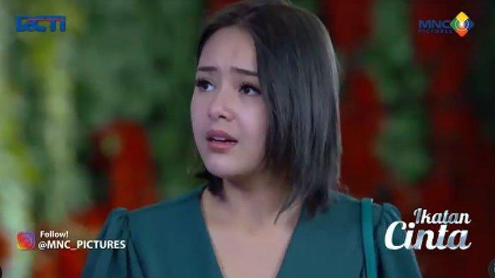 Trailer Ikatan Cinta 25 September 2021, Reyna hampir terjatuh.