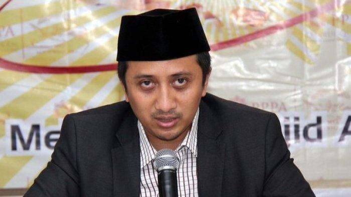 POPULER - Penulis Buku & Ustaz Yusuf Mansur Ungkap Kebaikan Ibu Jokowi, Rajin Salat Malam
