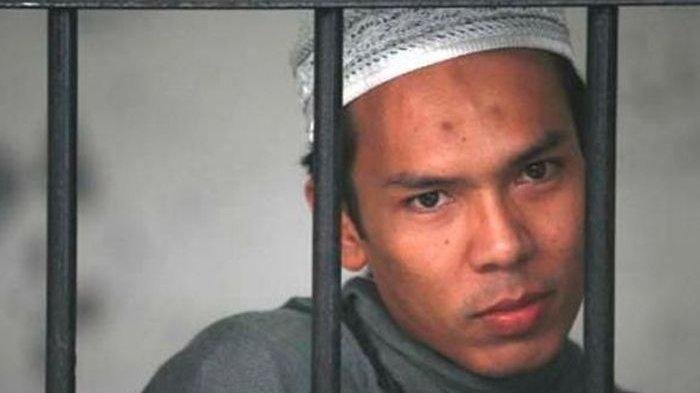 very idham henyansyah alias Ryan Jombang
