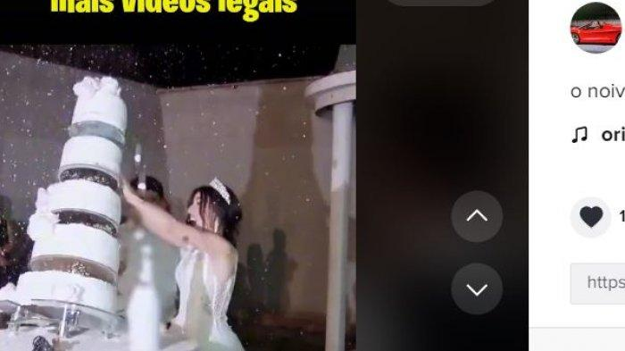 Viral kue pengantin hampir menimpa mempelai.
