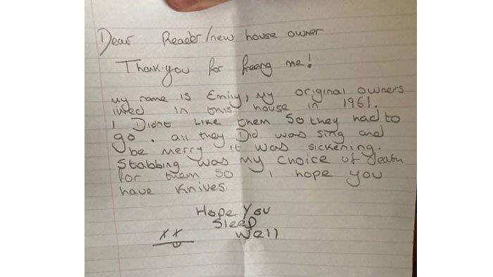 Viral pria temukan boneka dan surat misterius.