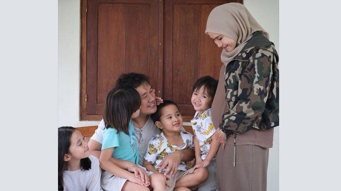 Keluarga Zaskia Adya Mecca
