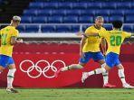 brasil-richarlison-kedua-merayakan-dengan-gelandang-brasil-claudinho.jpg