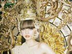 lisa-blackpink-saat-mengenakan-perhiasan-kepala-dari-kebudayaan-thailand.jpg