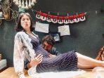 nadine-chandrawinata-dan-dimas-anggara-umumkan-kehamilan-pertama.jpg