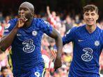 para-pemain-chelsea-merayakan-gol-melawan-arsenal-liga-inggris-2021.jpg