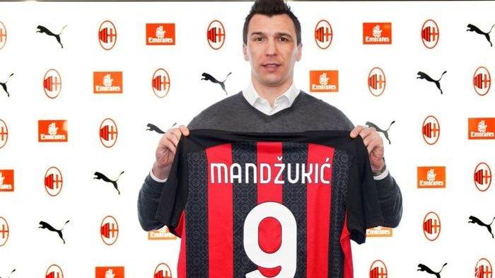 Mario Mandzukic Jadi yang ke-10 di AC Milan, Ada Sembilan Pemain yang Kena Mitos Bernomor 9