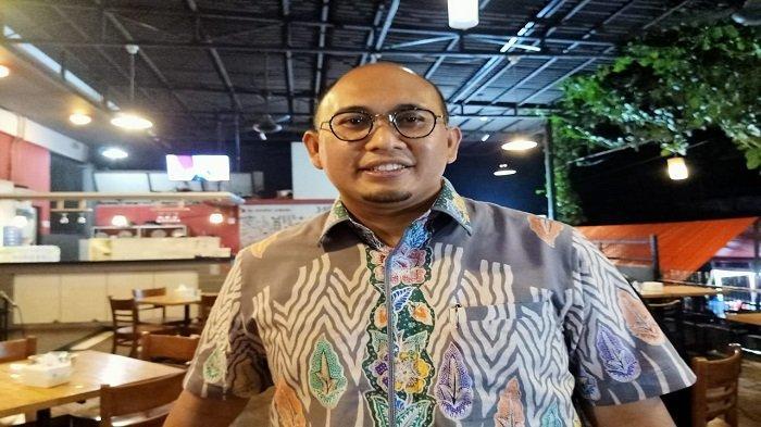 Pengajuan Hak Interpelasi Fraksi Gerindra DPRD Sumbar, Istri Gubernur Sumbar Ancam Andre Rosiade?