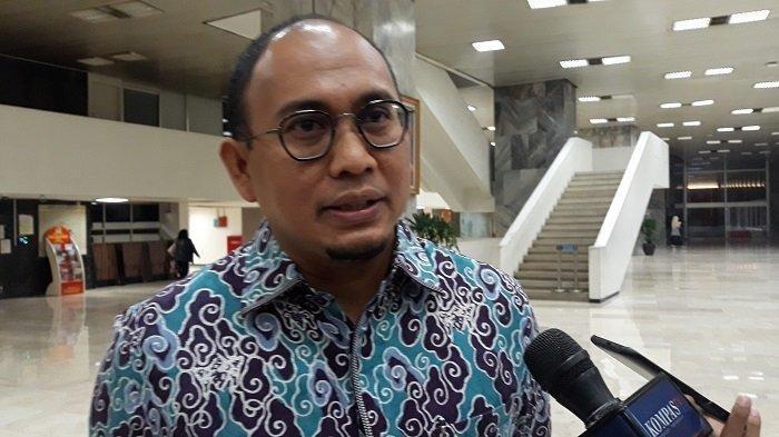 Jabat Ketua Gerindra Sumbar, Andre RosiadeBertugas Menangkan Nasrul Abit di Pilgub