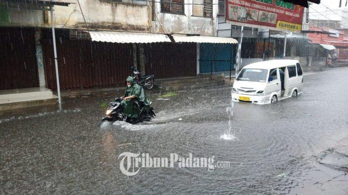 Daerah di Padang yang Terendam Akibat Hujan Lebat Selasa Sore, Jondul Rawang hingga Gunung Sarik