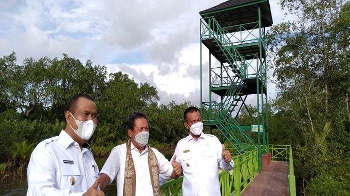 Kunjungan KKP ke Kota Pariaman, Menteri Sakti Wahyu Trenggono: Minta Perlebar Wilayah Mangrove