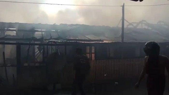 Kebakaran Asrama Brimob Padang Panjang, 13 Rumah Dinas dan 1 MobilHangus, Ini Dugaan Penyebabnya