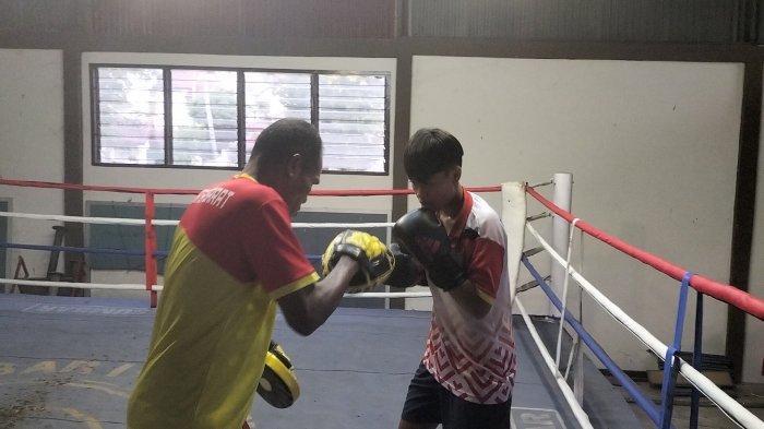 Walau Kirim 1 Atlet Cabor Tinju Sumbar Target Medali Emas dari Rola Laili Atika di PON Papua 2021