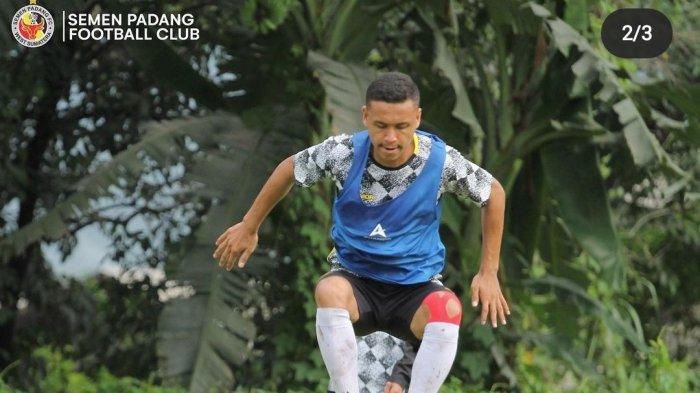 Semen Padang FC Perpanjang Kontrak Aulia Hidayat, Targetkan SPFC Berlaga di Liga 1 Musim Depan