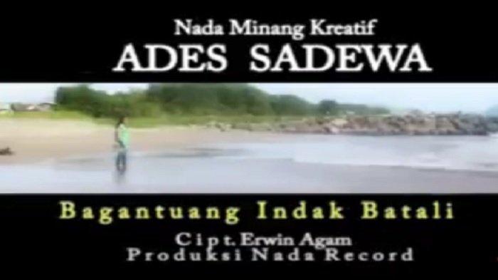 Lirik Lagu Minang Bagantuang Indak Batali - Ades Sadewa: Kok hujan hujankan bana
