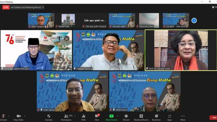 Keynote Speaker Menteri Pariwisata dan Ekonomi Kreatif Sandiaga Uno bersama nara sumber tampil dalam webinar Universitas Bung Hatta guna memperingati hari kelahiran ke-119 tema; Membangun Ketauladanan Bung Hatta pada Rabu (11/8/2021)