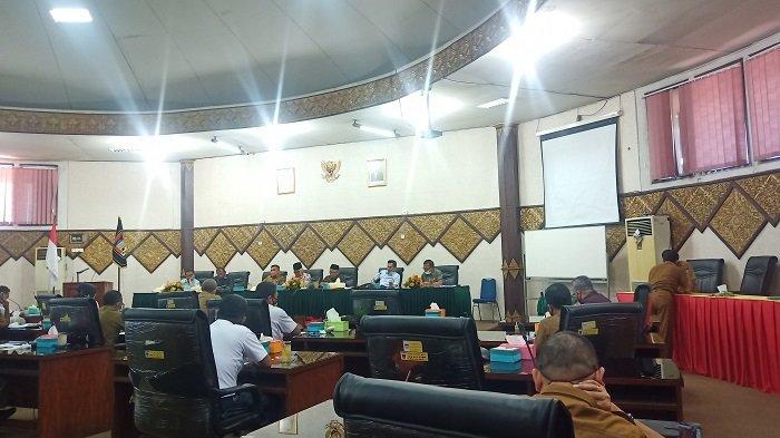 DPRD Padang Soroti Realisasi PAD Kota Padang Masih Rendah, Pemko Sebut Target Relatif Tinggi