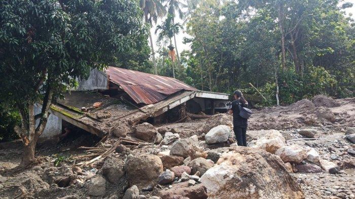 POPULER - Bunyi Batu Besar Sebelum Galodo di Tanah Datar| 3 Pelajar Pesisir Selatan Tabrakan