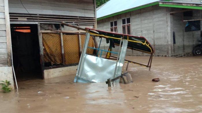 Pasaman Barat Banjir, 2 Jembatan Gantung Rusak Akibat Luapan Air Sungai Batang Bayang