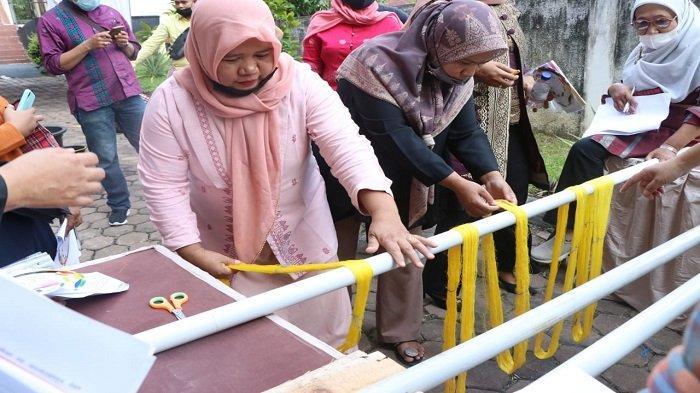 Jadikan Tenun Minang Icon Sumbar, Bank Indonesia Gelar Pelatihan Tingkatkan Kompetensi Pengrajin