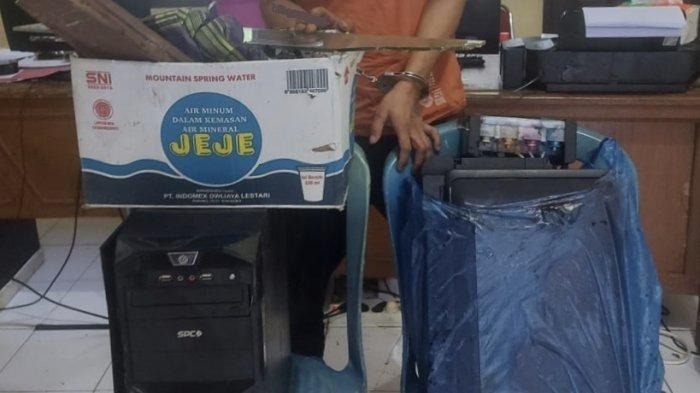 Seorang Petani di Pasaman Barat Ditangkap Polisi, Bawa Kabur Satu Set Komputer Kantor Wali Nagari