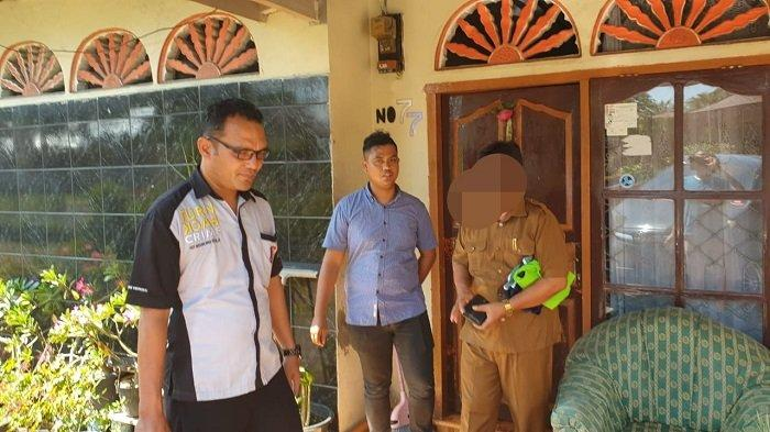 BREAKING NEWS: Oknum Guru SMA di Padang Pariaman Dijemput Tim Gagak Hitam dan Unit PPA Polres