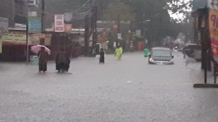 Jakarta dan Bekasi dan Sejumlah Wilayah Terendam Banjir hingga Masuki Rumah Warga