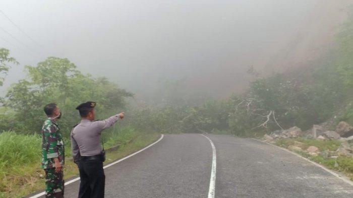 Hujan Deras hingga Banjir di Agam Sumbar, Hanyutkan Jembatan Darurat dan Tanah Longsor
