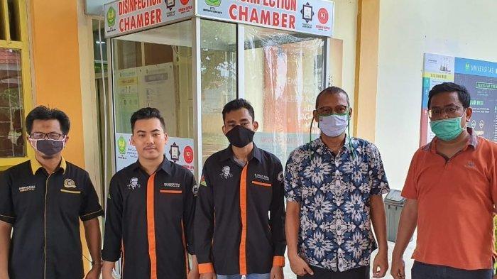 Rektor UBH Luncurkan Bilik Disinfektan Karya Tim FTI, Putus Rantai Penyebaran Covid-19