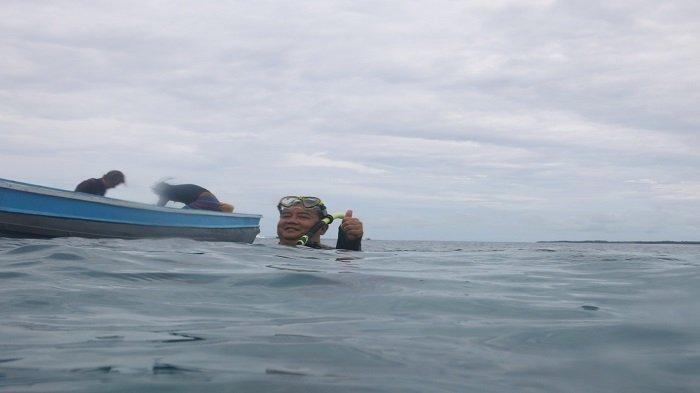 Film Dokumenter Biorock di Mentawai, Masa Depan Laut dan Terumbu Karang di Pantai Barat Sumatera