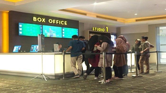 JADWAL BIOSKOP Kota Padang Hari ini, Ada Film Love For Sale 2 dan Lampor Keranda Terbang