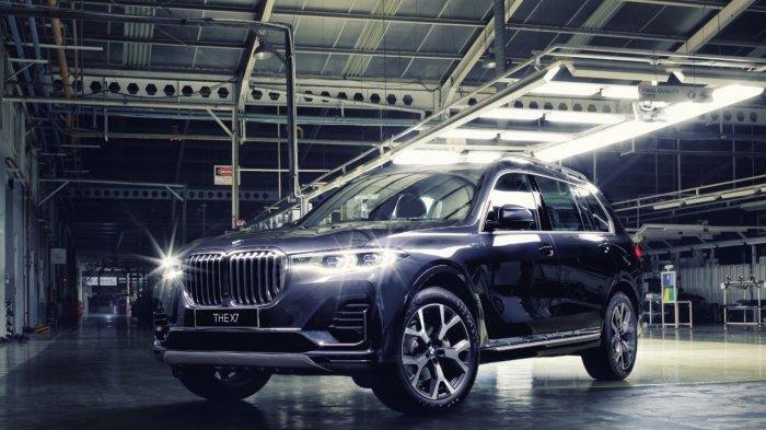 BMW Rilis X7 xDrive40i Opulence Rakitan Pabrik Lokal, Dibanderol Rp 2,299 M
