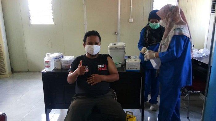 55 Petugas BPBD Kota Padang Ikuti Vaksinasi, Barlius: Ada yang Batal karena Gangguan Kesehatan
