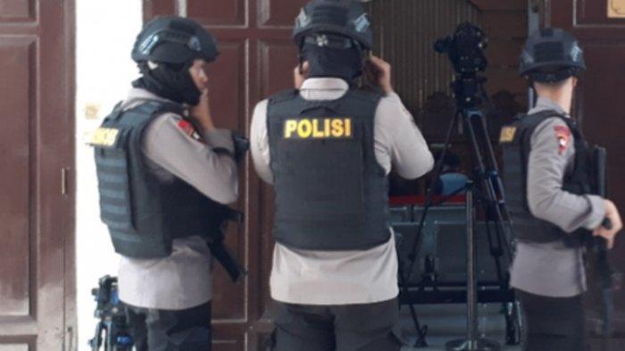 Brimob dan Kelompok Kriminal Bersenjata Terlibat Baku Tembak di Mimika