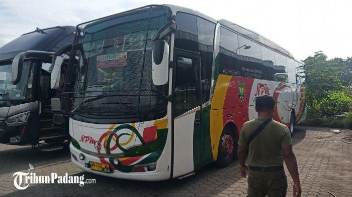 Lusa, Bus NPM di Padang Mulai Parkir, Kembali Beroperasi pada 18 Mei 2021
